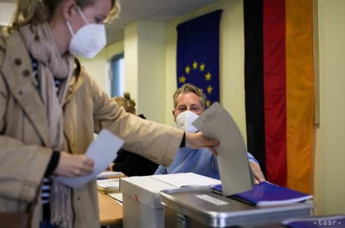 V Nemecku sa začali voľby do Spolkového snemu. 1