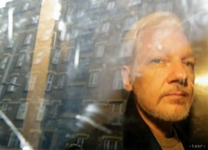 CIA údajne plánovala únos a vraždu Juliana Assangea. 5