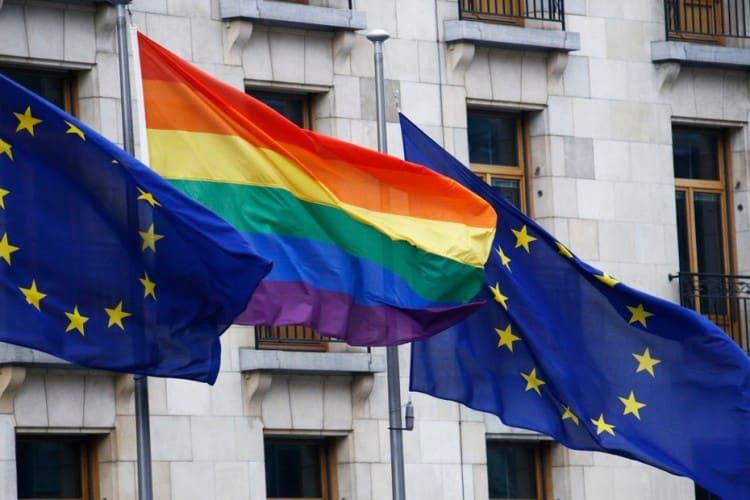 Rodové násilieEuroparlament podmieňuje boj proti násiliu prijatím Istanbulského dohovoru. 1