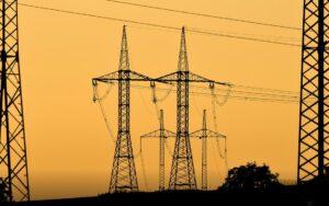 Šéf ČEZu odhaduje zdražení elektřiny o třetinu a plynu o polovinu i víc. 5